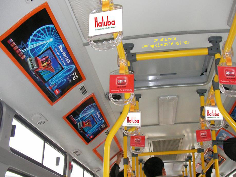 Quảng cáo bên trong xe buýt Hồ Chí Minh