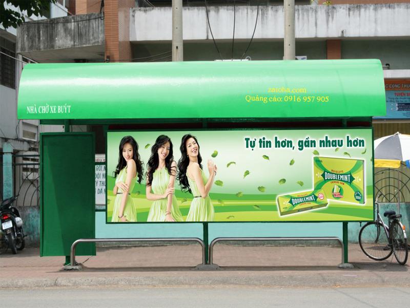 Quảng cáo tại nhà chờ xe buýt Hồ Chí Minh