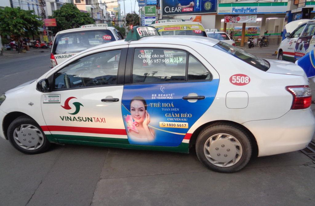 Quảng cáo trên xe taxi Vinasun